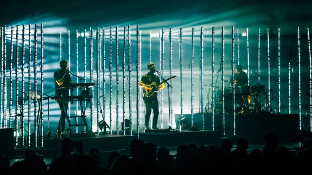 Alt-J at the Shrine (Photo by Samantha Saturday)