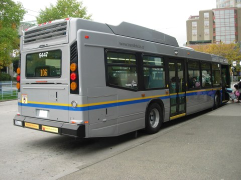 The back end of a Nova hybrid bus on the 106 route.