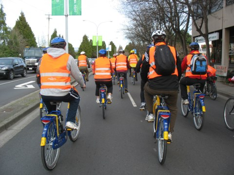 More cycling on Dutch bikes!