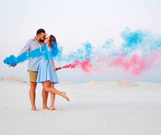 What is love bombing? The effects of love bombing