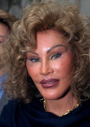 jocelyn-wildenstein-april-1999
