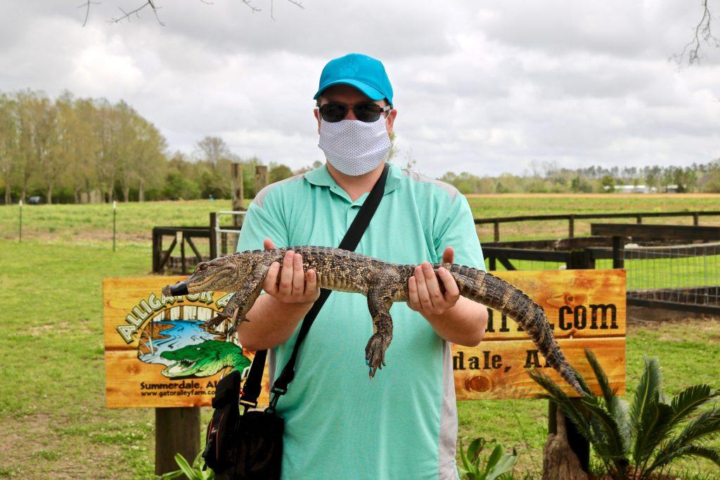 Visiting Alligator Alley - Summerdale, Alabama - See 450 Rescued Gators