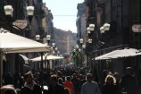 Sous un soleil de plomb, les rues de San Remo étaient pleines en ce jour de course cycliste. (Crédit photo : Maxime Gil)