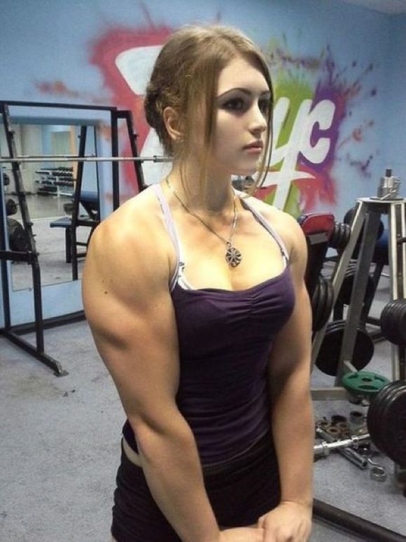 the_super_strong_girl_with_640_28_580