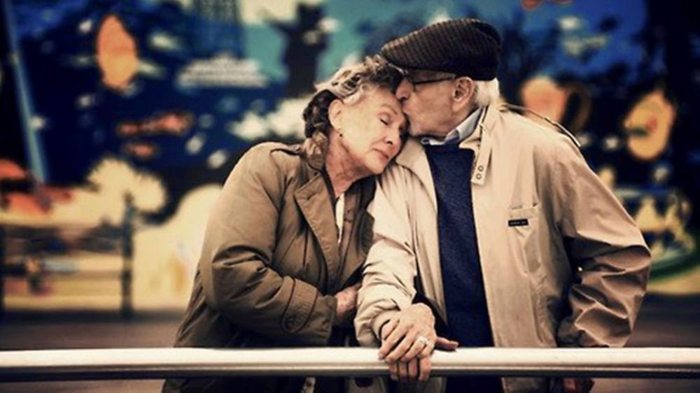 old healthy relationship