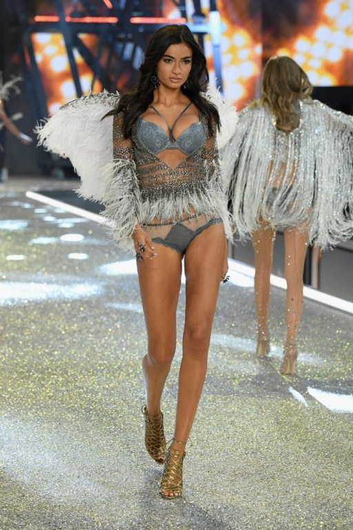 vs-angels5