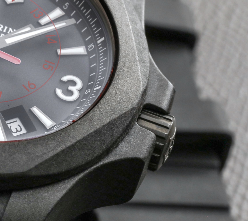 Victorinox-Swiss-Army-INOX-Carbon-Naimakka-Paracord-Strap-aBlogtoWatch-17
