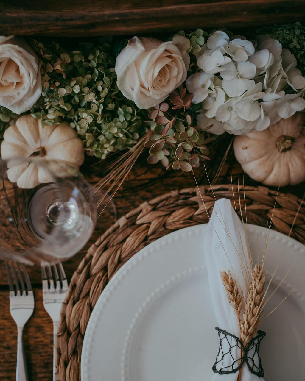 Thanksgiving Table Talk – My Autumn Tablescape