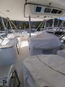 Riviera 47 flybridge