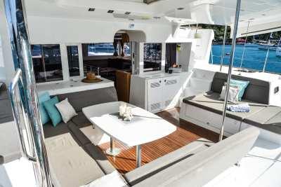 45 Lagoon 450 Sandy-04