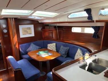 Beneteau Oceanis 473 Half Tidy interior
