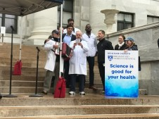 """BWH leadership join in singing """"Stand Up for Science"""""""