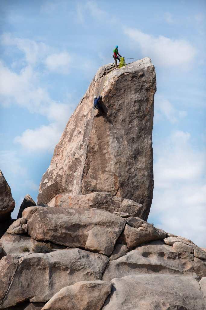 joshua-tree-rock-climbing-adventure-photography