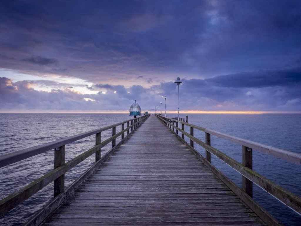 blue-hour-landscape-photo