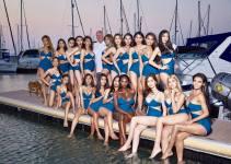 cung dien bikini nhat ha xinh dep nhu phat sang doi thu pose dang kem sang tai miss international queen thumb