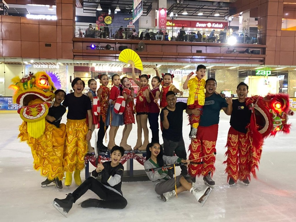 BX Rink Chinese New Year Imlek 2020 Show Bintaro Jaya Xchange Ice Skating Rink BXc After the Show