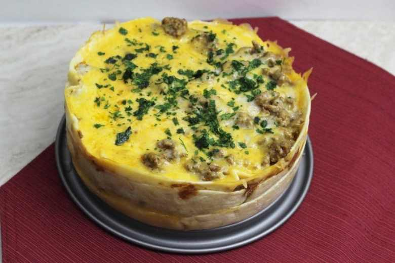 Since I got my Instant Pot pressure cooker, I have been bound and determined to recreate all of my favorite recipes in it. Today's recipe is this amazing Instant Pot Taco Pie. #taco #pie #instant #pot #tortilla #easy #recipe