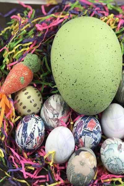 Silk dyed eggs