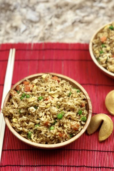 Forget ordering takeout and make your own Instant Pot Fried Rice that tastes better than takeout! This fried rice in your instant pot is a straightforward recipe that gives your takeout flavors in under 10 minutes to make. I am all about simplicity but quality, you have pure ingredients and easy prep, for a quality dish to serve up to your family and friends.