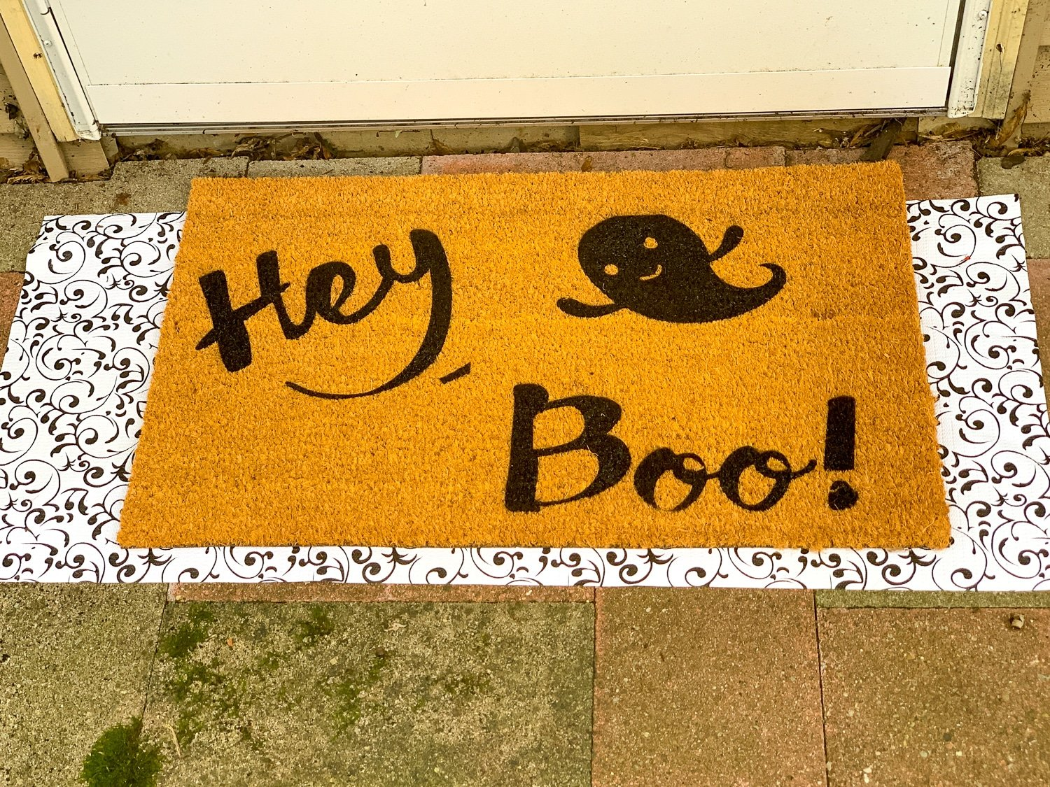 finished halloween doormat