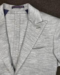 revers-col-fleche-veste-bagnoli-jersey-gris