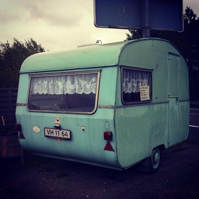 vintage-caravan