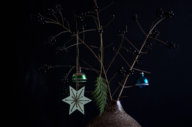 DIY-christmas-string-art-800