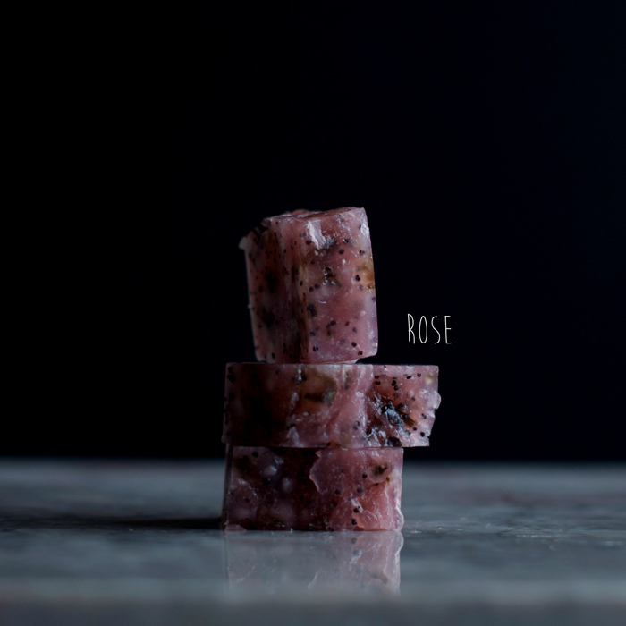 Soap-scrub-cubes-with-rose-by-Blikfang