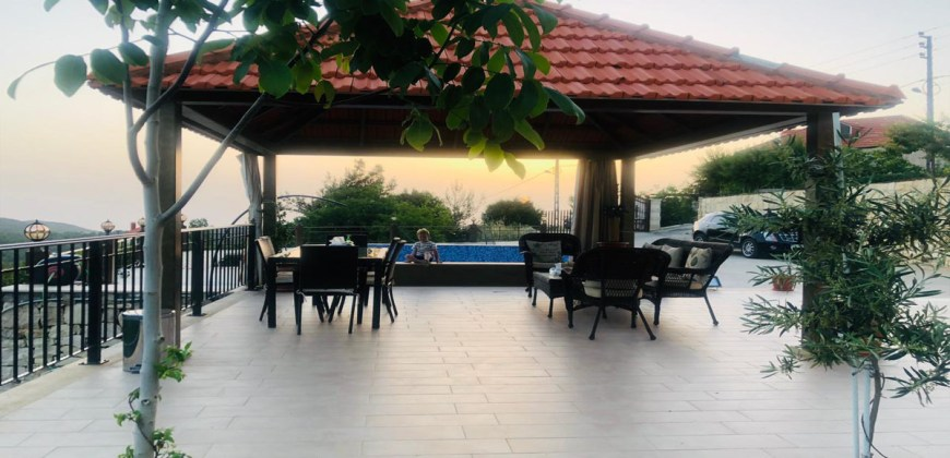 Villa for Sale Lehfed Jbeil Housing Area 360Sqm The Area of the Land 1350Sqm