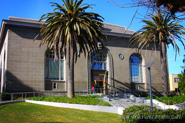 Richmond-library-in-San-Francisco