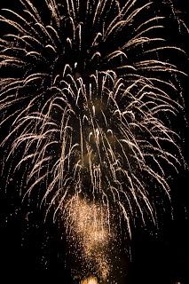 Fireworks 2 (c) rawku5