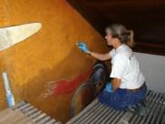 Gunnel rengör väggmåleri