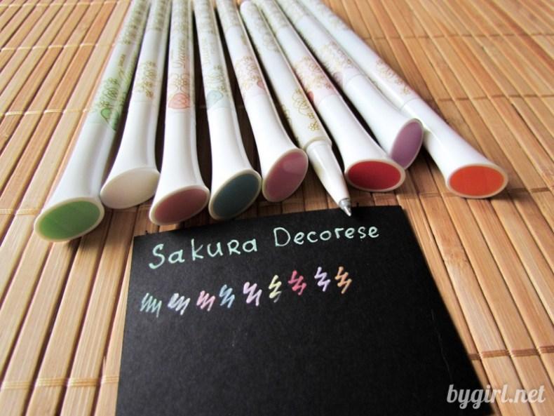 Чем рисовать на черной бумаге: цветные ручки Sakura Decorese