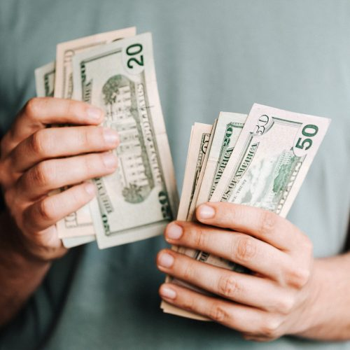 5 MONEY SAVING TIPS TO DO RIGHT NOW [SAVE $1,000 FAST]