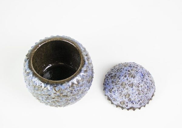Boîte œuf de dragon en céramique bleu mat