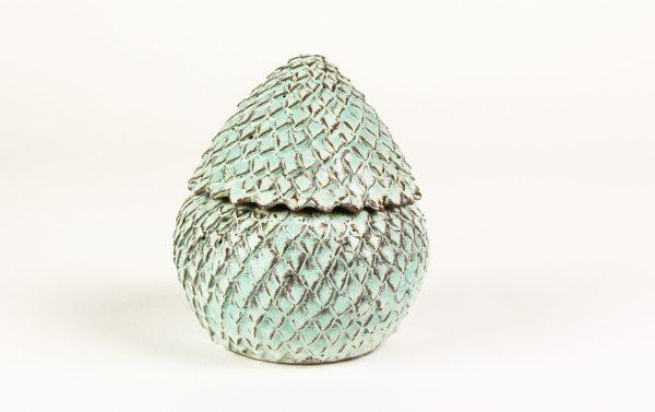 Boîte oeuf de dragon en céramique vert clair mat