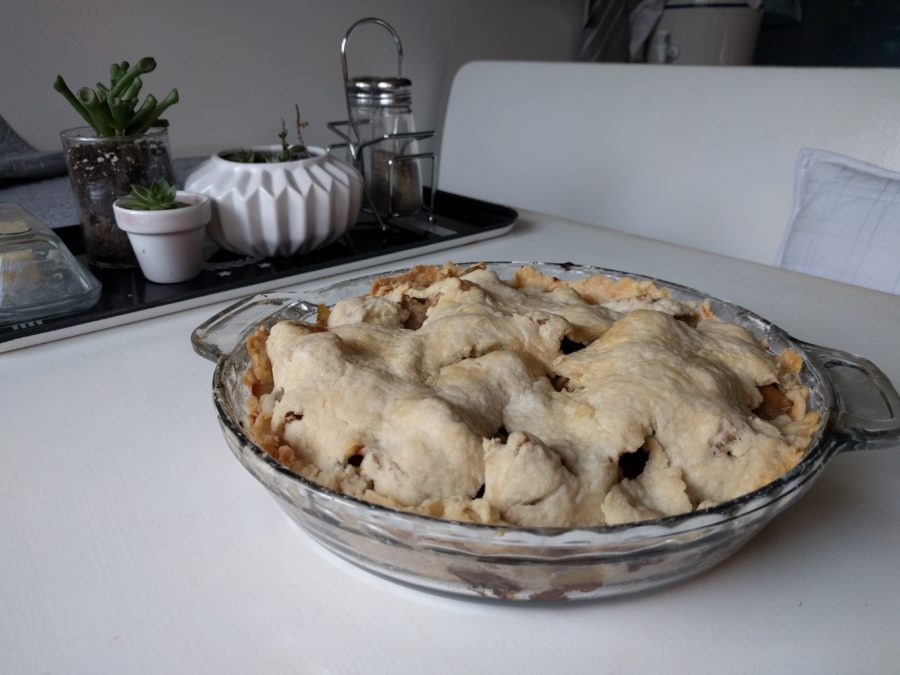 Apple Pie with maple syrup and lard
