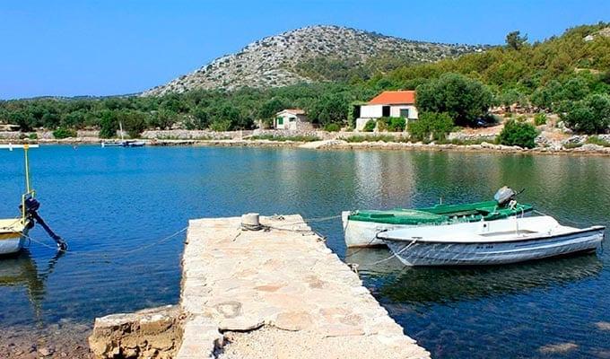 Viaje de Vacaciones en Velero a Croacia - Islas Kornati - Bahía de Magrovica