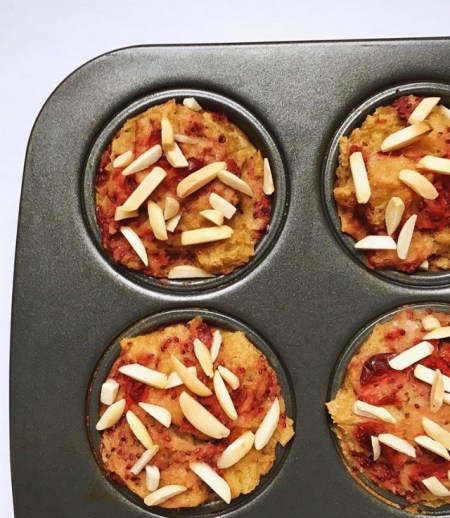 Don't let your Thanksgiving leftovers go to waste! Check out these 30+ easy and delicious was to incorporate your Thanksgiving leftovers into your post-holiday breakfasts, lunches & dinners. | www.bytesizednutrition.com