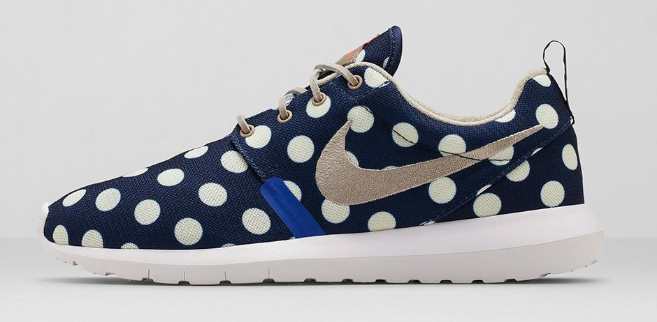 lowest price a76d4 9738e usa nike roshe nm qs black 1 75b95 e42f0  new zealand drawing inspiration  from new york city vacationers the nike quickstrike city series finds its