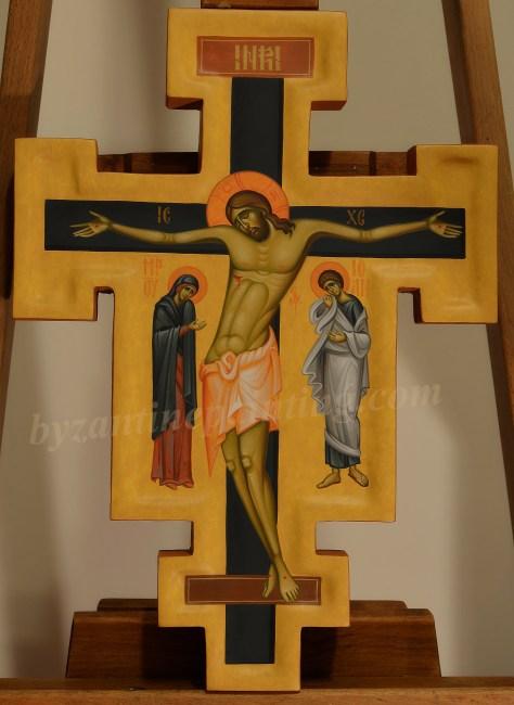 crucifix pictat