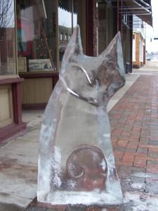 Ice-Sculpture-cat