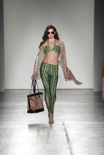 Nolcha Shows During New York Fashion Week Spring/Summer 2016 Collections NYFW - Acid NYC
