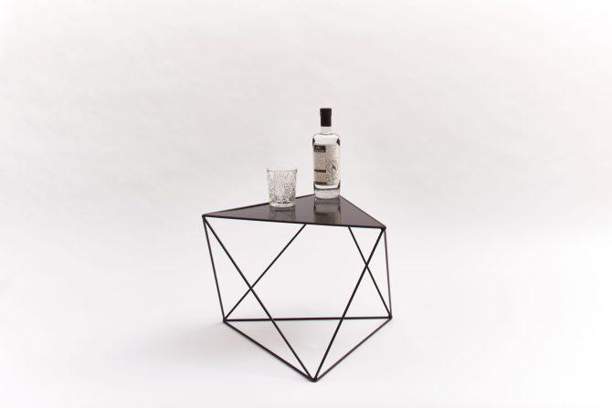Salon en bijzet tafels | Wire table | Peter van de IJssel | C-More Concept Store