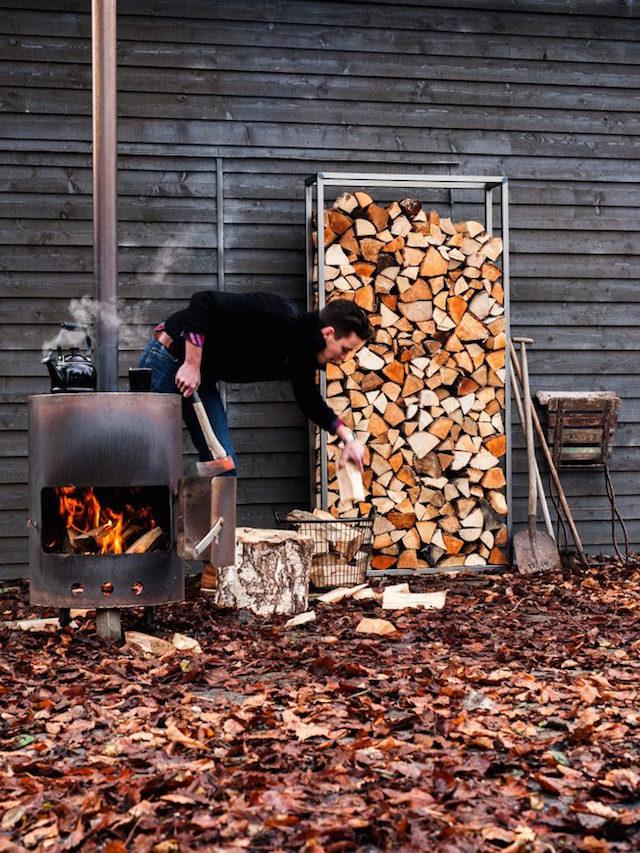 Bryck bij C-More Concept Store | Outdoor meubelen en houtopslag
