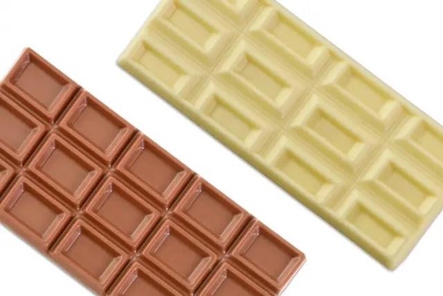 ホワイトチョコとビターチョコ
