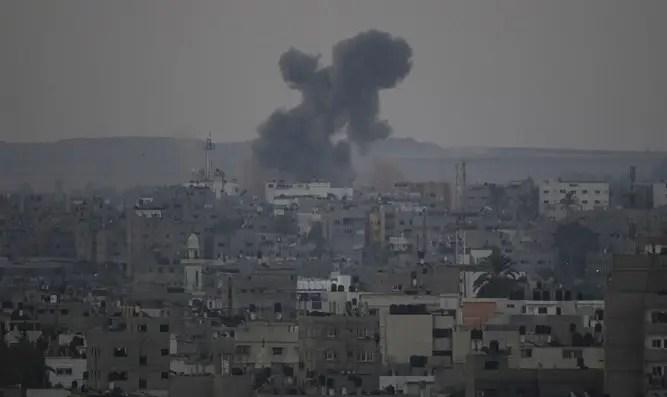 Gaza airstrike (archive)