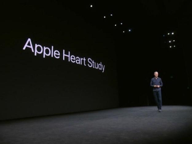 یہ ایپلی کیشن ایپل واچ سے ڈیٹا حاصل کرکے دل کی دھڑکن پر نظر رکھے گی، فوٹو: ایپل نیوز روم