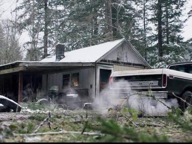 اینگری ریور فلم پانچ مختلف انداز سے اختتام پذیر ہوتی ہے (فوٹو: اسکرین شاٹ فلم ٹریلر)