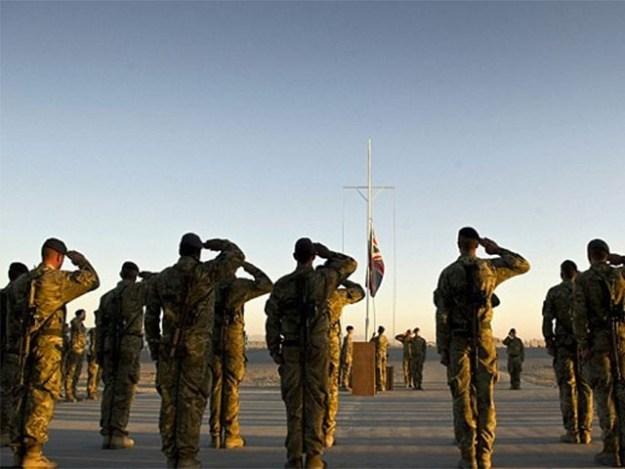 اضافی فوجی نیٹو میشن میں معاونت کریں گے، فوٹو: فائل